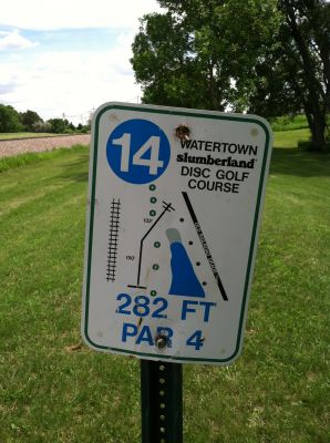 Watertown Slumberland, Main course, Hole 14 Hole sign