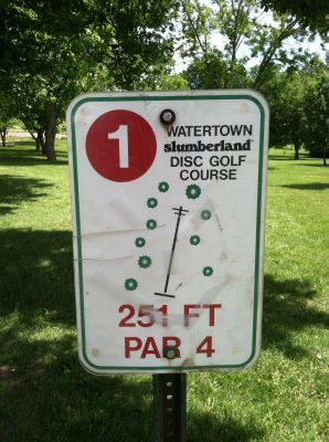 Watertown Slumberland, Main course, Hole 1 Hole sign