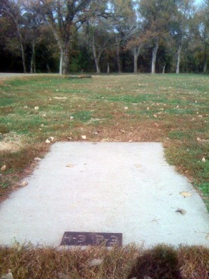 Brown Memorial Park, Main course, Hole 3 Tee pad