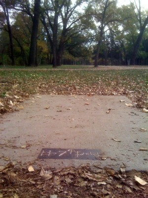 Brown Memorial Park, Main course, Hole 7 Tee pad