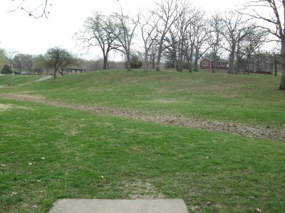 Gunn Park, Main course, Hole 4 Tee pad