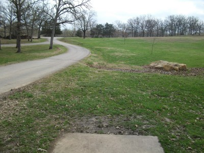 Gunn Park, Main course, Hole 7 Tee pad