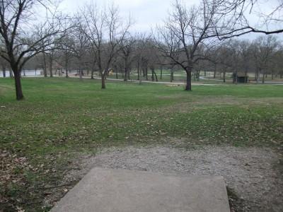 Gunn Park, Main course, Hole 9 Tee pad