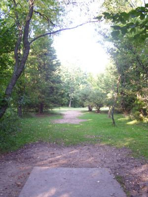 Madeline Bertrand County Park, Main course, Hole 2 Tee pad