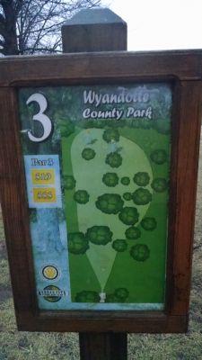 Wyandotte County Park, Main course, Hole 3 Hole sign