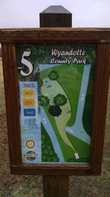 Wyandotte County Park, Main course, Hole 5 Hole sign