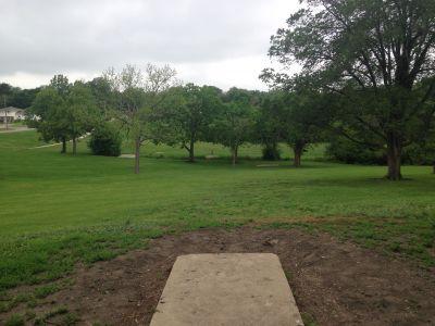 Centennial Park, Main course, Hole 15 Tee pad