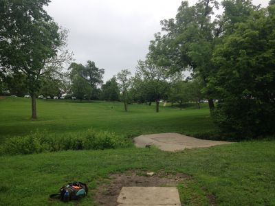 Centennial Park, Main course, Hole 16 Tee pad