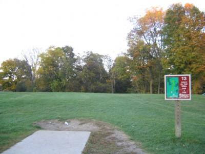 Cass Benton Hills, Main course, Hole 13 Tee pad