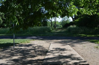 Shawnee Mission Park, Main course, Hole 6 Tee pad