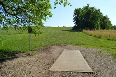 Shawnee Mission Park, Main course, Hole 17 Tee pad
