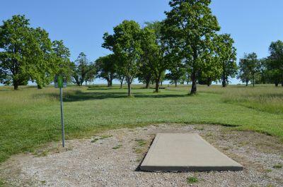 Shawnee Mission Park, Main course, Hole 13 Tee pad