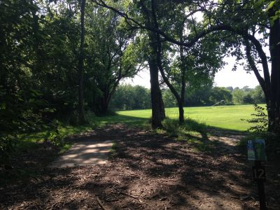 Prairie Center Park, Main course, Hole 12 Tee pad