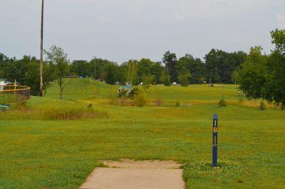 Seymour Lake Park, Main course, Hole 18 Tee pad