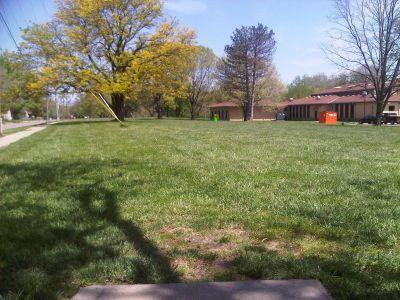 Crestview Park, Main course, Hole 17 Tee pad