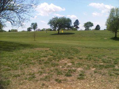 Lake Shawnee, Main course, Hole 6 Tee pad
