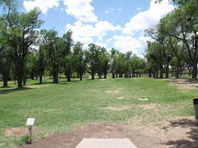 Thompson Park, Main course, Hole 1 Tee pad