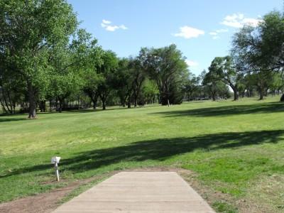 Thompson Park, Main course, Hole 17 Tee pad