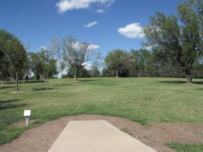 Thompson Park, Main course, Hole 11 Tee pad