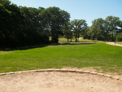 Veteran's Park, Main course, Hole 8 Tee pad