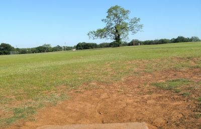 Veteran's Park, Main course, Hole 13 Tee pad