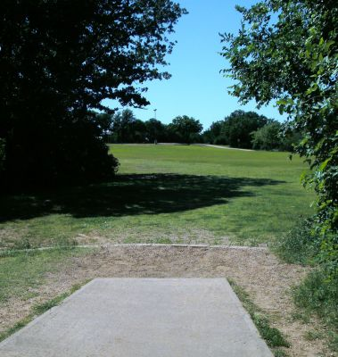 Veteran's Park, Main course, Hole 3 Tee pad