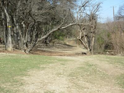 Pease Park, Main course, Hole 2 Tee pad