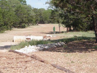 Slaughter Creek Metro Park (Circle C), Main course, Hole 1 Long tee pad