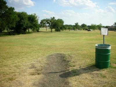 Greenbelt Park, Main course, Hole 9 Tee pad