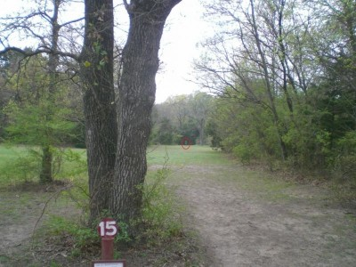 Lester Lorch Park, Beaver, Hole 15 Tee pad