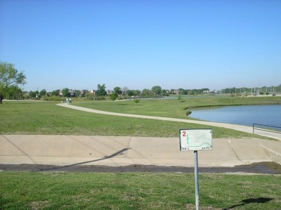 Andrew Brown Park, Main course, Hole 2 Tee pad
