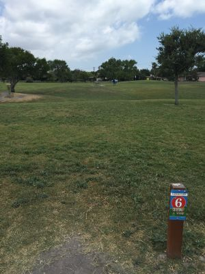 Lamar Park, Main course, Hole 6