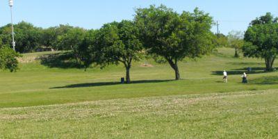 Bicentennial DGC, Main course, Hole 1 Long tee pad