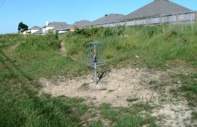 Bicentennial DGC, Main course, Hole 5 Putt