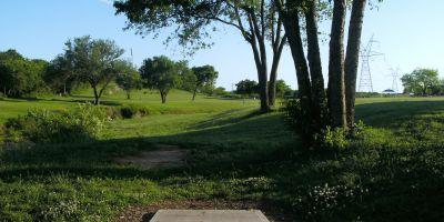 Bicentennial DGC, Main course, Hole 19 Short tee pad