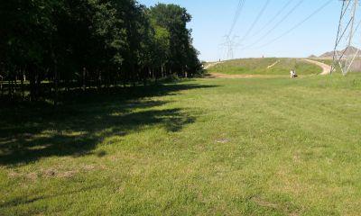 Bicentennial DGC, Main course, Hole 4 Middle tee pad