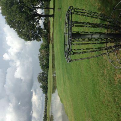 Oak Meadow Park, Main course, Hole 18 Putt