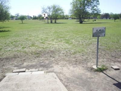B. B. Owen Park, Main course, Hole 7 Tee pad