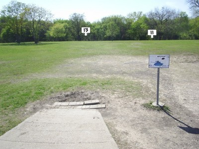 B. B. Owen Park, Main course, Hole 13 Tee pad