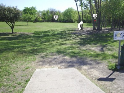 B. B. Owen Park, Main course, Hole 11 Tee pad
