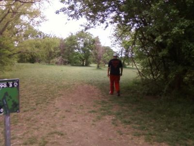 Arcadia Park, Main course, Hole 10 Tee pad