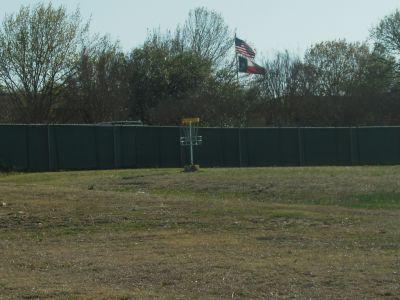 Greenbriar Community Center, Main course, Hole 4 Short approach