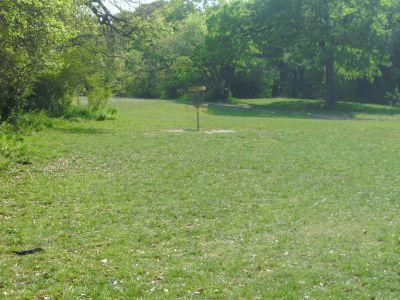 Z Boaz Park, Main course, Hole 5 Short approach