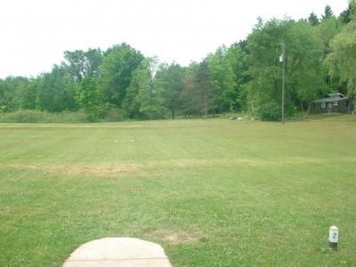Flip City, Main course, Hole 2 Long tee pad