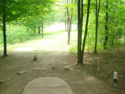 Flip City, Main course, Hole 3 Long tee pad