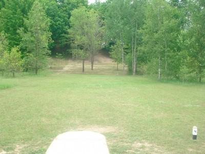 Flip City, Main course, Hole 4 Long tee pad