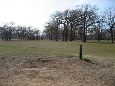 Agnes Moffitt Park, Main course, Hole 2 Tee pad
