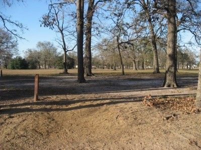 Agnes Moffitt Park, Main course, Hole 6 Long tee pad