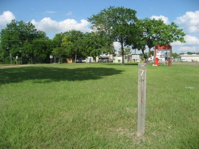 Cedar Brook Elementary School, Main course, Hole 7 Tee pad