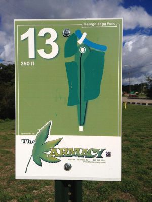 Begg Park, Main course, Hole 13 Hole sign